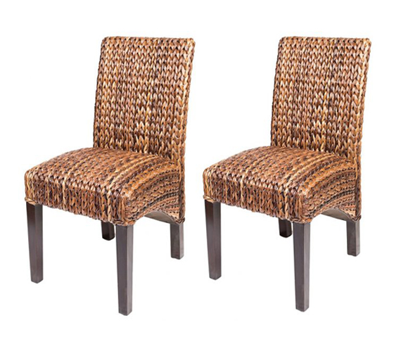 Exceptionnel Handcrafted Philippine Furniture